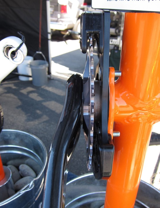 The Bling Ring sets a perfect 51mm chainline when mounted to the spline of a SRAM X0 or X9 crank