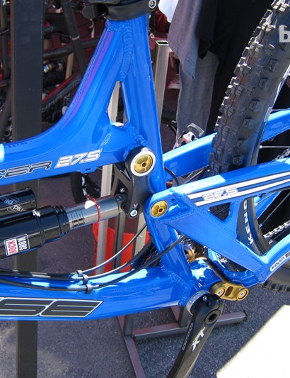 The Tracer 27.5 sits squarely in the all-mountain category with 5.5in to 6in of travel