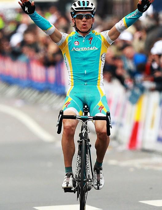 Maxim Iglinskiy (Astana) crosses the line