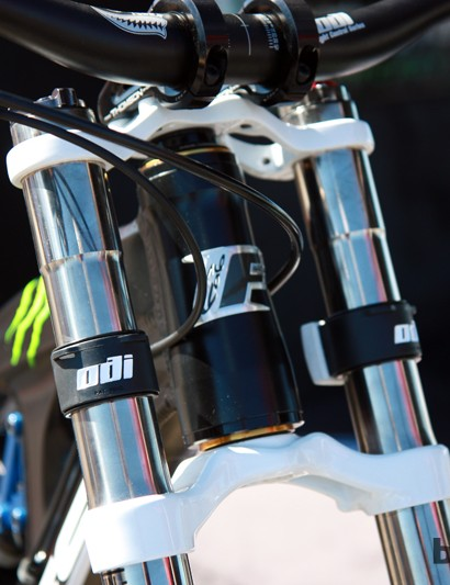 The latest Foes Hydro switches from a 1.5in straight head tube to a tapered setup for 2013