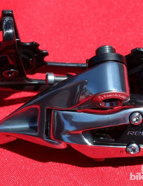 The new SRAM Red WiFLi derailleur weighs 167g and can accommodate a cassette as large as 11-32t