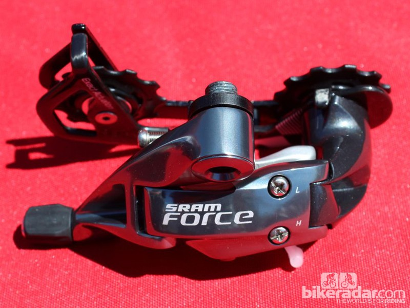 The new Force WiFLi derailleur weighs 190g