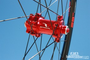 The aluminum front hubs use oversized bodies for use with all current axle standards via interchangeable caps