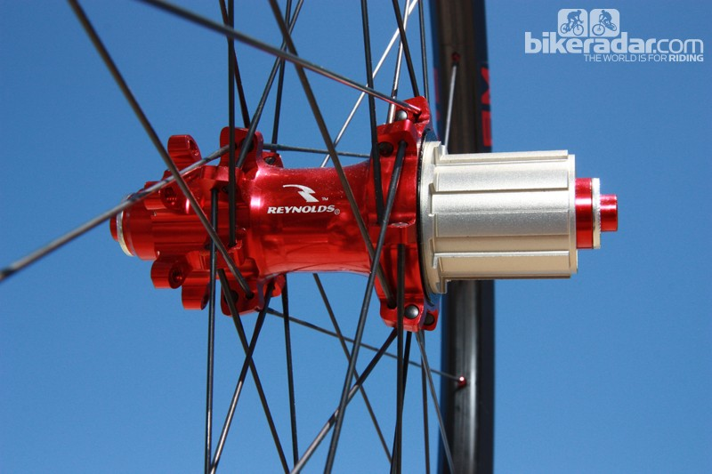 Rear hubs feature an aluminum freehub body, straight-pull spokes and interchangeable end caps for different axle fitments