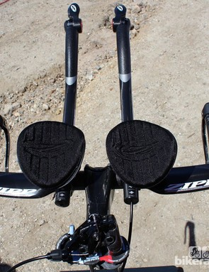 The Carbon Vuka Bull bar shown with Vuka Shift extensions, which integrate Zipp shifters into the tips