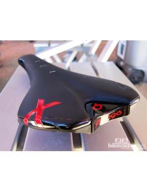 The new Prologo X-Zero saddle is very flat, both end-to-end and left-to-right