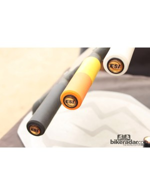 The new 'custom' grips cost US$2 more than the standard models, so $20.99 for the Chunky and $18.99 for the Racer