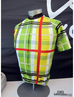 DannyShane are one of the latest cycling apparel brands to capitalize on riders' demands for a technical jersey with a more casual look. This one is made with a blend of bamboo, white ash and polyester microfiber fabric