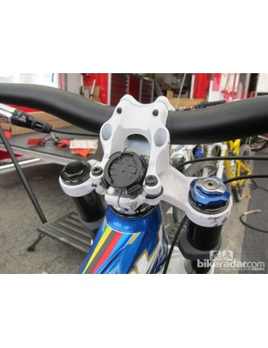Garmin likely didn't have direct-mount stems in mind when the quarter-turn Edge computer mounts were designed but Danny Hart's (Giant Factory Off-Road Team) mechanic has managed to figure out a solution with the stock O-rings, zip-ties and a foam pad