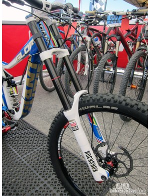 As a member of SRAM's elite BlackBox testing program, Danny Hart (Giant Factory Off-Road Team) has access to all sorts of exclusive goodies, including this DLC-treated RockShox Boxxer