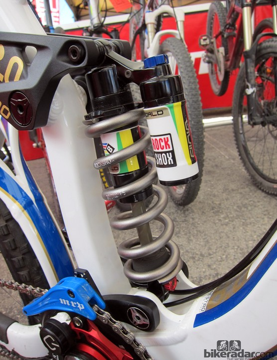 Danny Hart's (Giant Factory Off-Road Team) Giant Glory is fitted with RockShox's new Vivid Coil BlackBox shock