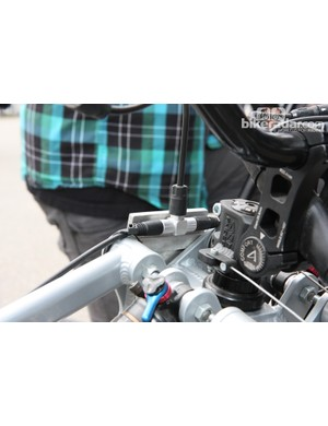 A splitter allows Tara Llanes to actuate both front brakes simultaneously with a single lever, though without some sort of booster the lever has to be set a little further away from the bar than the rear one to provide a similar bite point