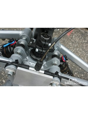 Front view of the brake splitter