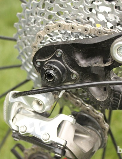 Moots' 142x12mm rear end uses DT Swiss's RWS through-axle