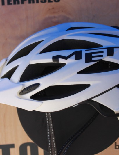 MET's US$140 Kaos is a high-coverage mountain helmet and one of four models MET will bring to the US in 2012