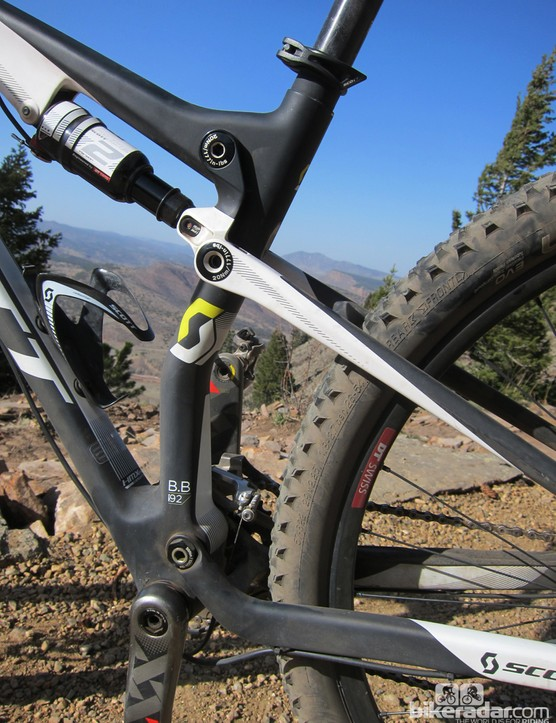 The seat tube is dramatically kinked on the new Scott Spark 29 RC