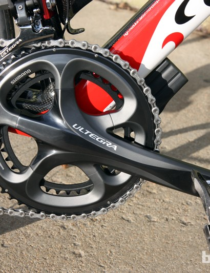 The outstanding front shifting is helped in no small part by the tremendously rigid Shimano Ultegra hollow outer chainring