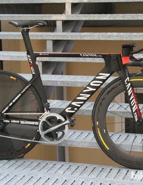 The Canyon Speedmax CF Evo time trial bike