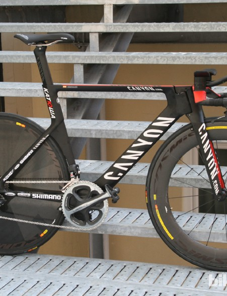 The Canyon Speedmax CF Evo time trial bike
