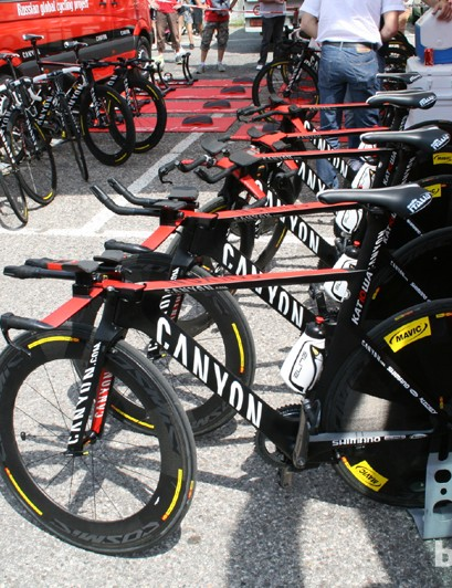 Katusha's Canyon Speedmax CF Evo machines - all lined up and ready to be ridden to second place