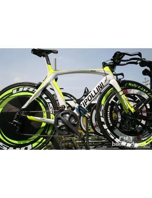 Farnese Vini-Selle Italia have relatively old-school Mcipollini TT bikes