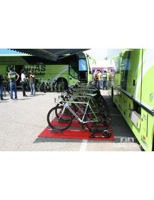 Liquigas had their road bikes to warm up on