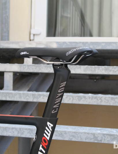 The Selle Italia Monolink seatpost for UCI competition