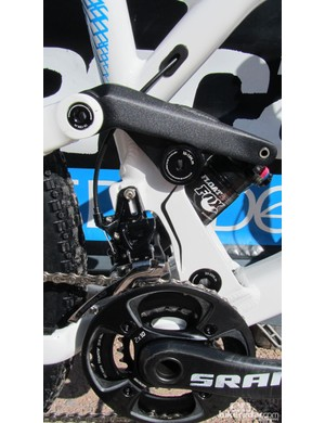 A high direct mount front derailleur is used, as the shock position wouldn't allow for a regular clamp