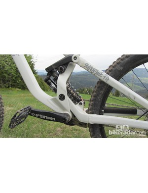 The Commencal Supreme FR FOX comes with a FOX Van RC2 rear shock