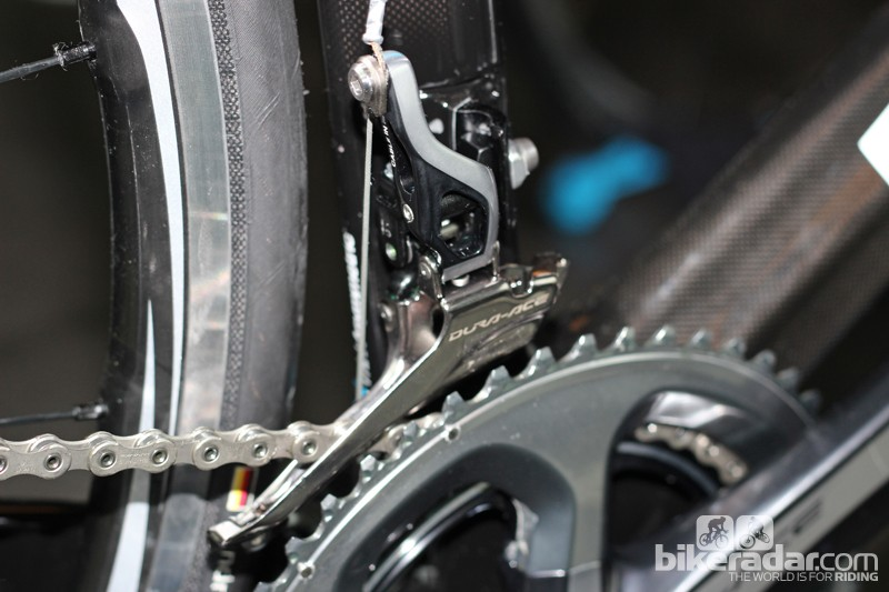 The new front mech has a longer pivot, creating a lighter and shorter shifting action