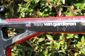 The unique seat tube/top tube yoke of the Team Machine SLR01
