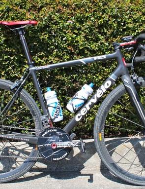 Dave Zabriskie's Cervélo R5 VWD Garmin-Barricuda team bike features a few custom modifications by mechanic Alex Banyay