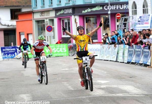 Patrick Lüthi wins the elite men's eliminator in La Bresse, France