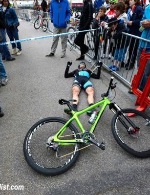 Brian Lopes (Ibis) collapsed after the finish