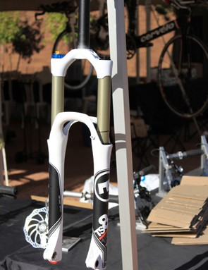 Magura's forks feature 32mm stanchions, their DAD arches, integrated cable hangers, and post mount brake attachments