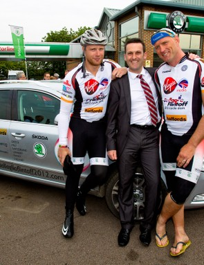 L-R: Andrew Flintoff, Mike Harris (Motorline SKODA Dartford, who hosted the final day of the Slam) and Lawrence Dallaglio.