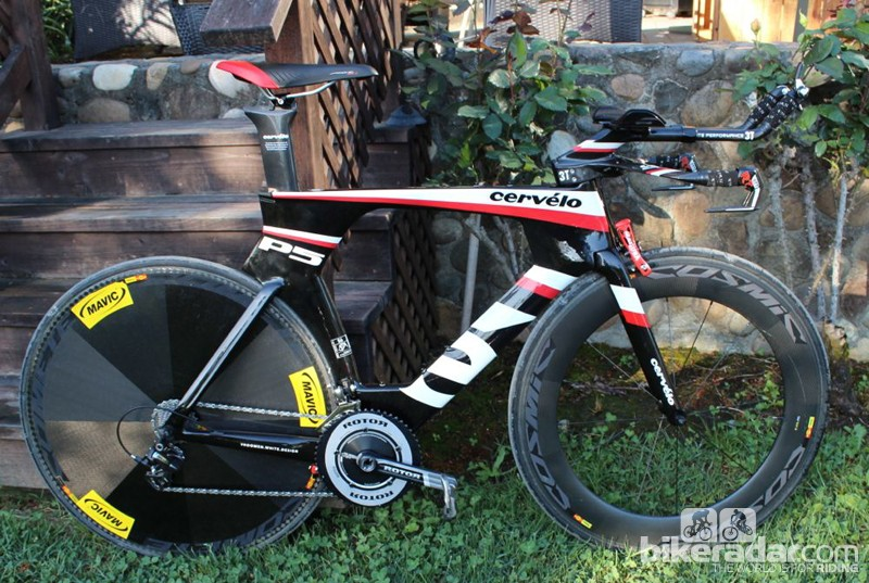 We rode the Cervélo P5 with Mavic's Comete disc and CC80 front wheel (the Garmin-Barracuda spec) instead of the stock Vision Team30 training wheels