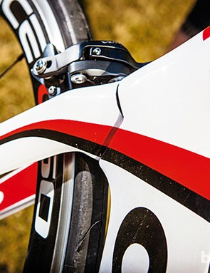 The S5's super-narrow front end includes a neat dovetailed joint for the fork and down tube