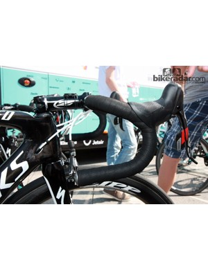 Omega Pharma-QuickStep rider Francesco Chicchi runs traditional-bend handlebars on his Specialized S-Works Venge