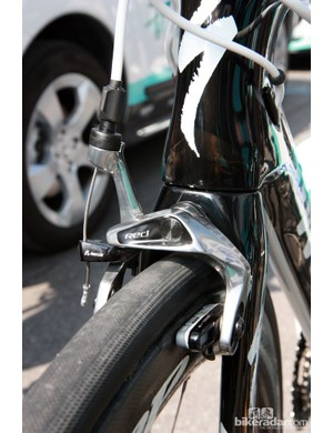 New SRAM Red cam-enhanced single-pivot brake calipers for Francesco Chicchi (Omega Pharma-QuickStep)