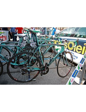 Gustav Larsson (Vacansoleil-DCM) ran a Bianchi Oltre Superleggera and shallow-profile FFWD carbon tubulars for his run at Stage 19