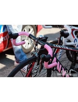 Pink bar tape and logos for current Giro d'Italia leader Joaquin Rodriguez's (Katusha) Canyon Aeroad CF