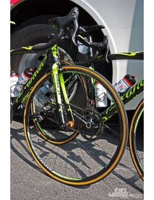 Michele Scarponi's (Lampre-ISD) Wilier Triestina Zero.7 was fitted with ultralight Fulcrum Racing Speed XLR shallow-profile carbon fiber tubulars for Stage 19