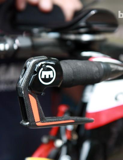 The sleek carbon fiber levers on Garmin-Barracuda's new Magura MT8 hydraulic rim brakes