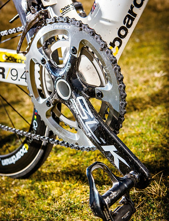The lightweight FSA carbon chainset gets an oversize BB30 axle for extra stiffness