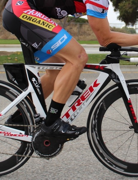 Campagnolo sought to maintain the ergonomics and tactile feedback of its mechanical groups with the EPS TT/tri group