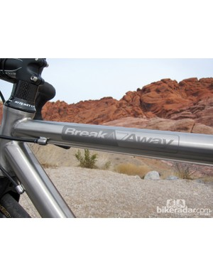 Ritchey don't adorn the Break-Away Road Ti/Carbon frame with flashy logos
