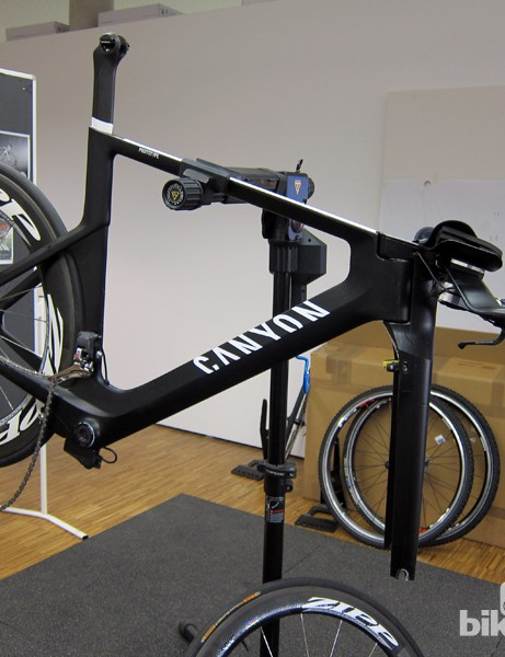 An unfinished prototype of Canyon's new Speedmax CF time trial/tri bike