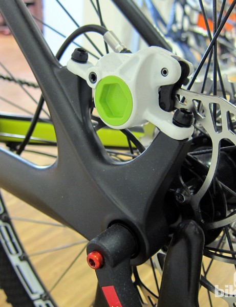 Post-mount disc tabs will be used on the new Canyon 29er carbon hardtail