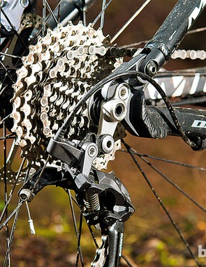 Shimano 3x10 transmission gets the power down